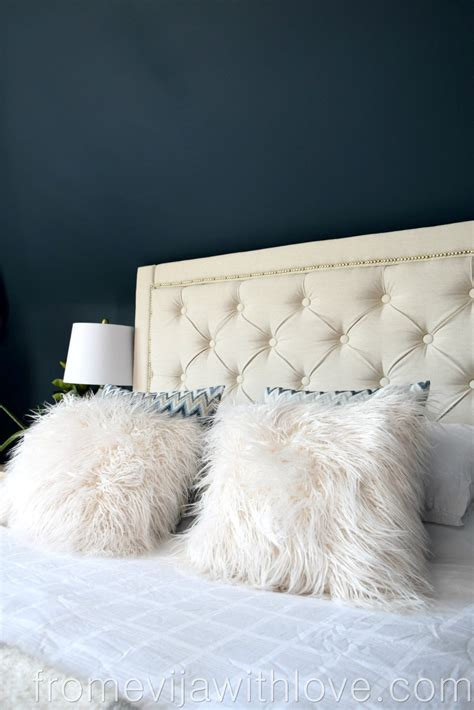 Diy-Tufted-Upholstered-Headboard