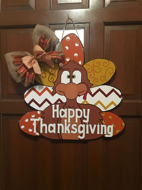 Diy-Turkey-Door-Hanger
