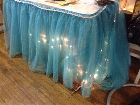 Diy-Tutu-Table-Skirt-With-Lights