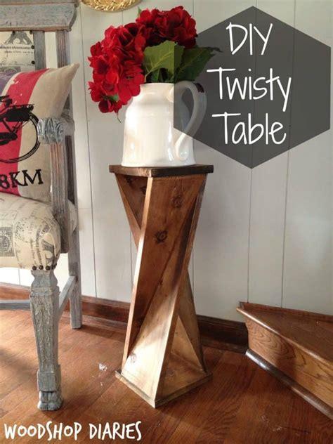 Diy-Twisty-Side-Table
