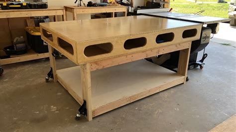 Diy-Tyler-Outfeed-Table