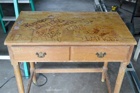 Diy-Ugly-Desk