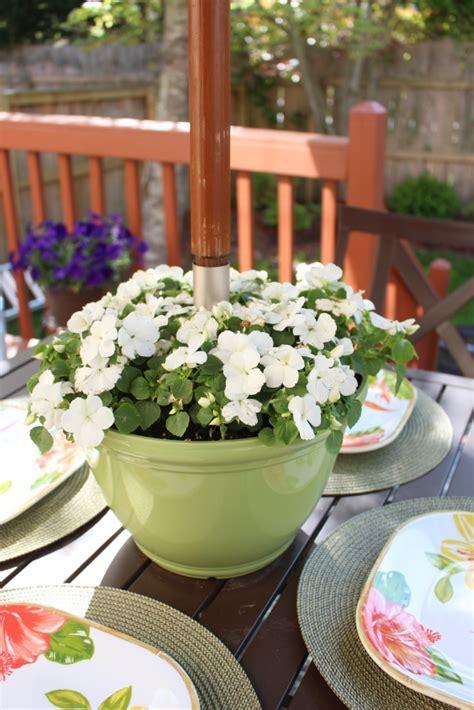 Diy-Umbrella-Table-Planter