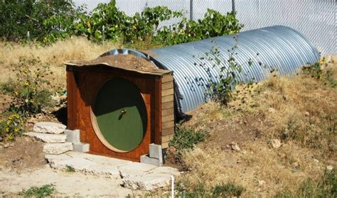 Diy-Underground-Playhouse