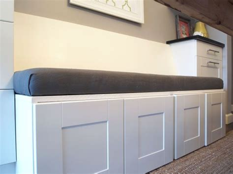 Diy-Upholstered-Bench-Seat-With-Storage