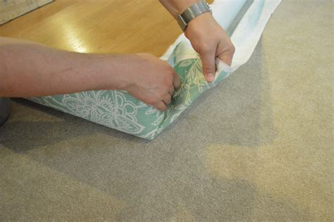 Diy-Upholstered-Headboard-Corners