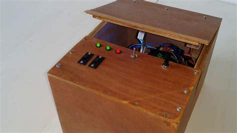 Diy-Useless-Box-Arduino