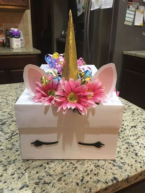 Diy-Valentine-Box-Unicorn