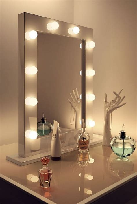 Diy-Vanity-Mirror-With-Led-Lights