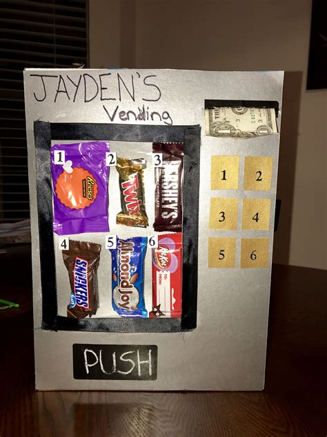 Diy-Vending-Machine-Out-Of-A-Shoe-Box