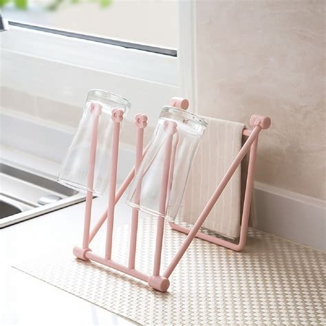 Diy-Vertical-Towel-Rack