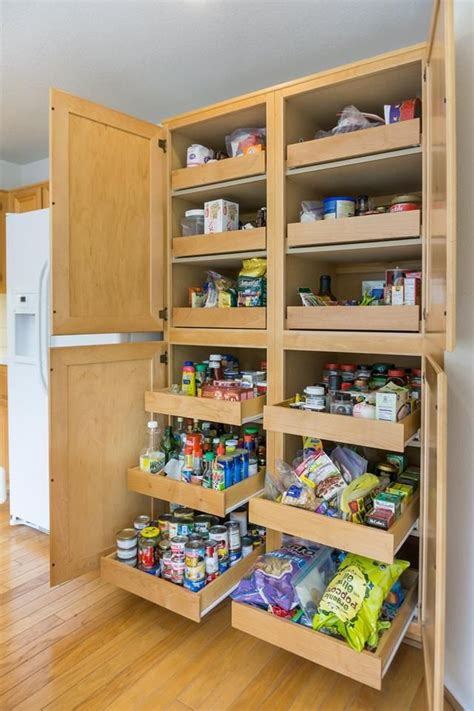 Diy-Verticle-Pull-Out-Pantry-Shelves