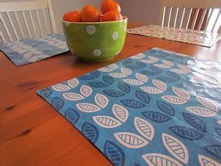 Diy-Vinyl-Placemats