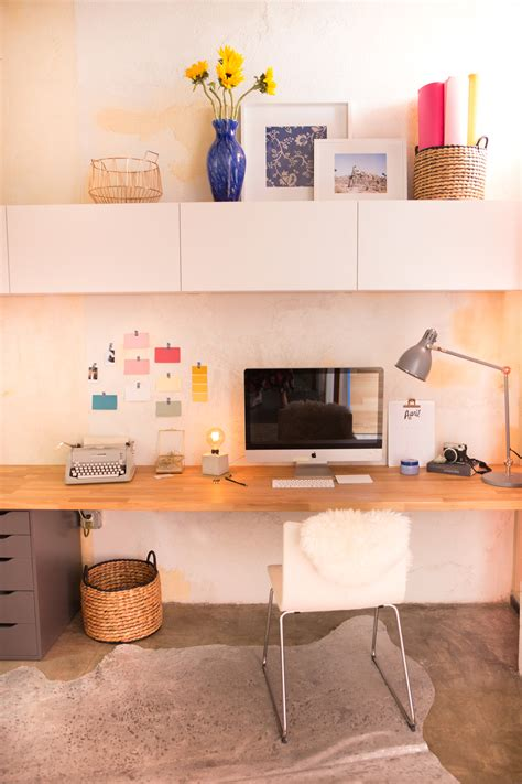 Diy-Wall-Length-Desk