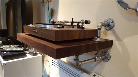 Diy-Wall-Mount-Turntable-Shelf