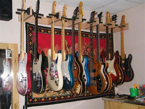 Diy-Wall-Mounted-Guitar-Rack