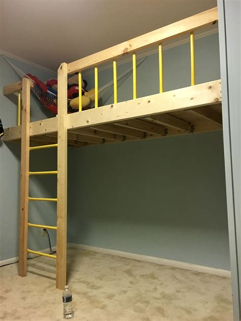 Diy-Wall-Mounted-Loft-Bed