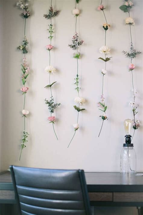 Diy-Wall-Of-Flowers
