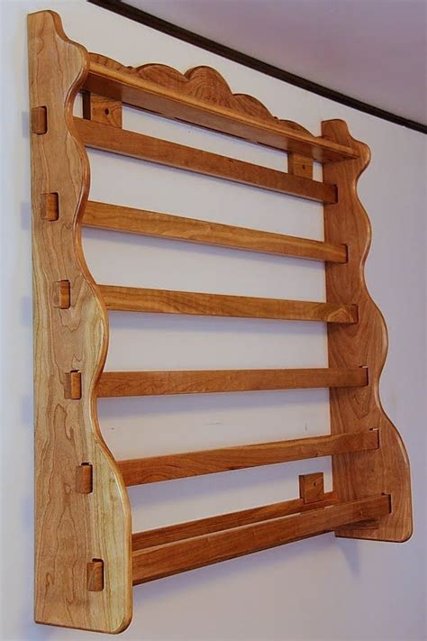 Diy-Wall-Quilt-Rack