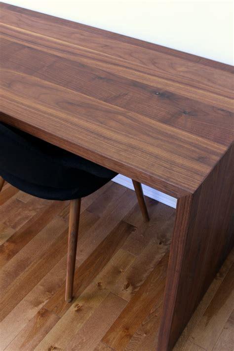 Diy-Walnut-Desk