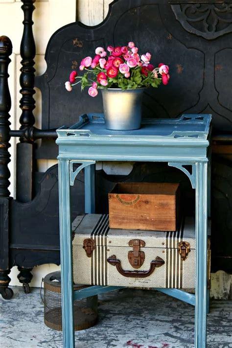 Diy-Waxingchalkpaint-Furniture