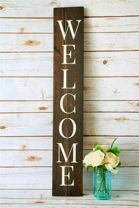 Diy-Welcome-Sign-With-Wooden-Letters