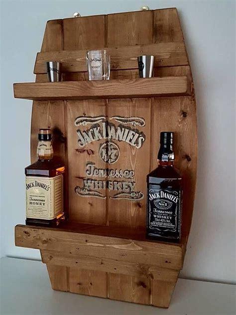 Diy-Whiskey-Wooden-Holder
