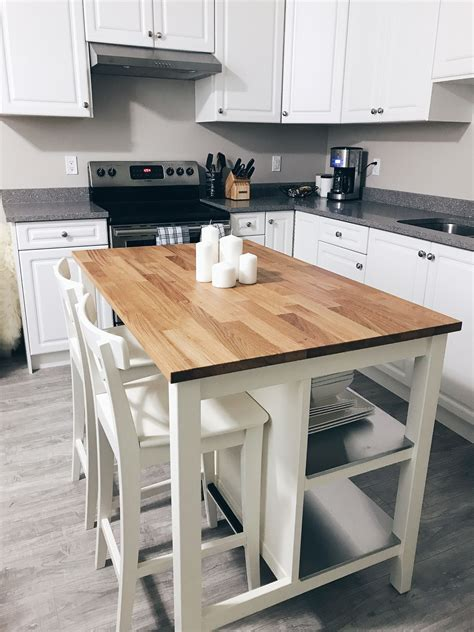 Diy-White-Kitchen-Island-With-Seating