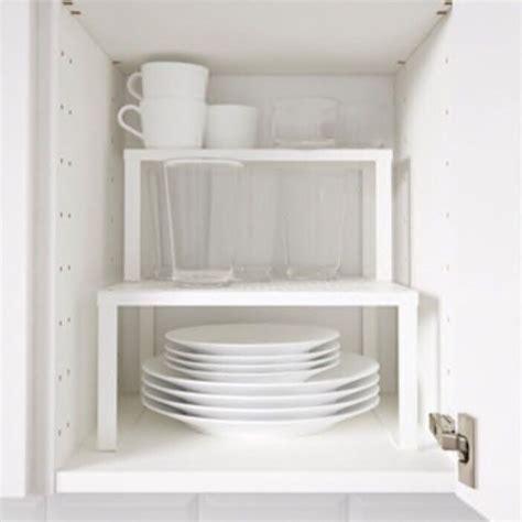 Diy-White-Metal-Shelves