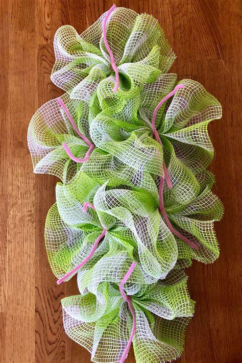 Diy-Wire-Wreath-Form
