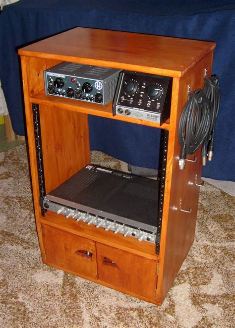 Diy-Wood-Av-Rack
