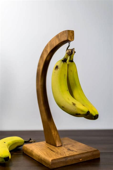 Diy-Wood-Banana-Hanger