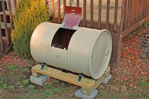 Diy-Wood-Barrel-Compost-Bin