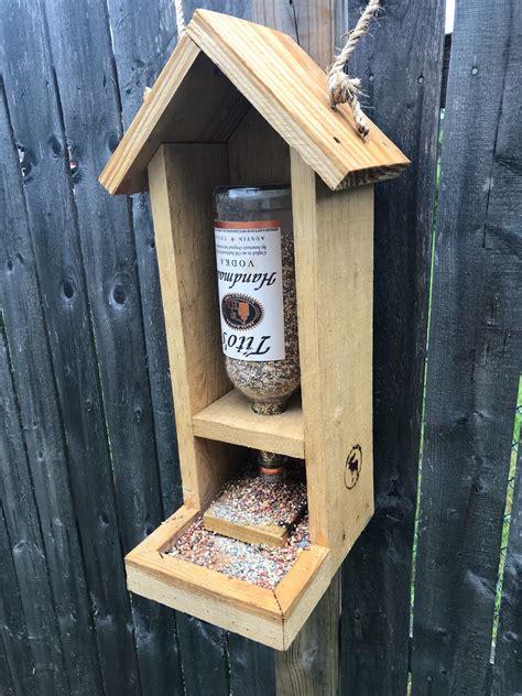 Diy-Wood-Birdfeeders