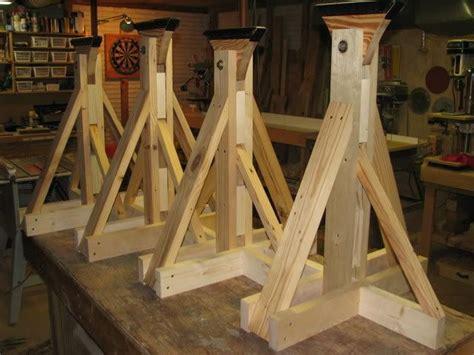 Diy-Wood-Boat-Stands