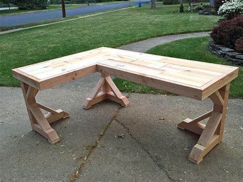 Diy-Wood-Corner-Desk-Plans