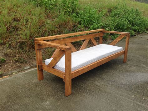 Diy-Wood-Couch-Frame