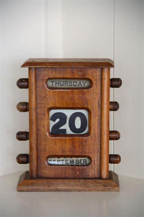 Diy-Wood-Desk-Calendar