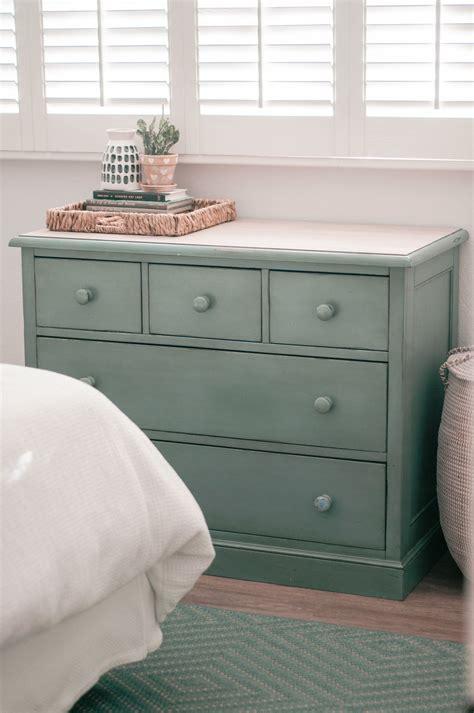 Diy-Wood-Dresser-Makeover