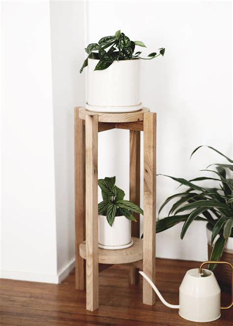 Diy-Wood-Flower-Stand