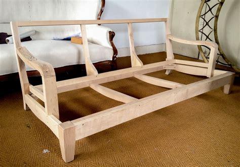 Diy-Wood-Frame-Sofa