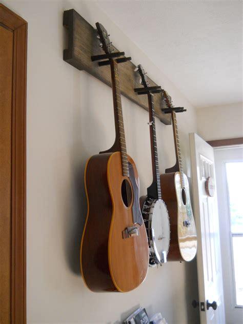 Diy-Wood-Guitar-Hanger