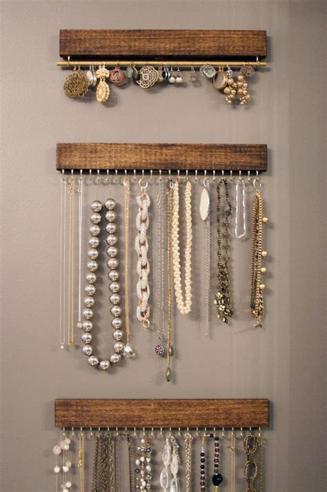 Diy-Wood-Jewelry-Hanger