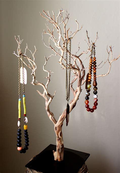 Diy-Wood-Jewelry-Tree