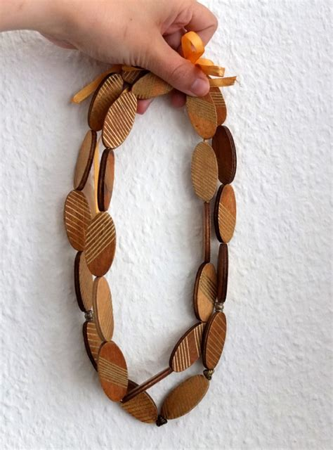 Diy-Wood-Necklace