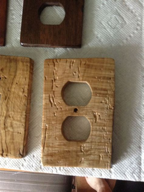 Diy-Wood-Outlet-Cover