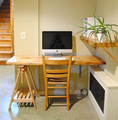 Diy-Wood-Plank-Desk