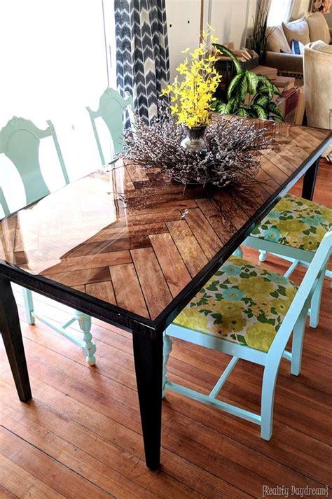 Diy-Wood-Restaurant-Table