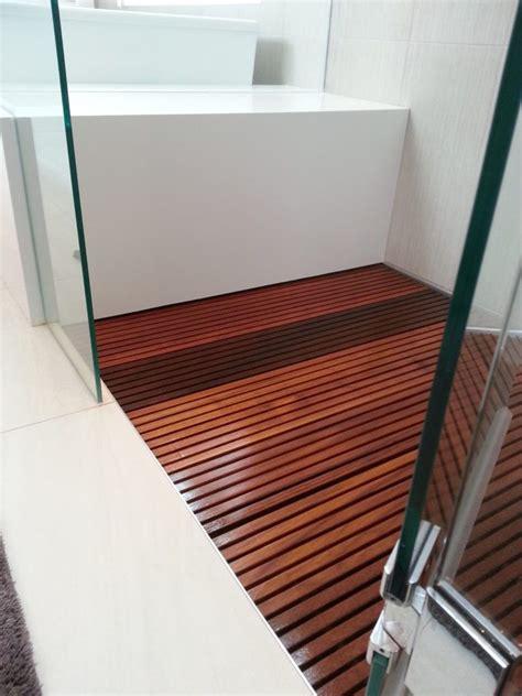 Diy-Wood-Shower-Floor