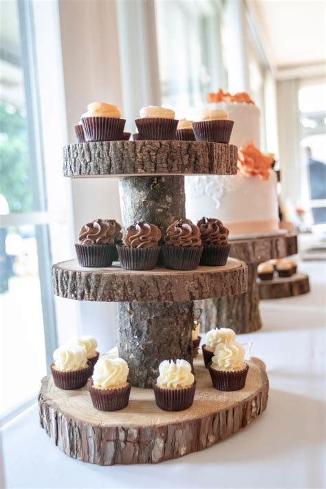 Diy-Wood-Slice-Cupcake-Stand